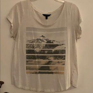 Banana Republic graphic t shirt size L